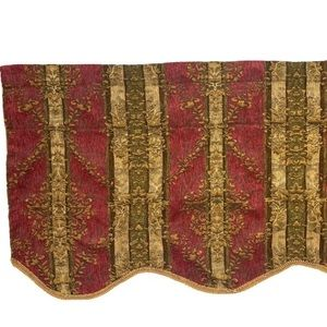 2 JC Penney Discontinued Scallop Valances curtains